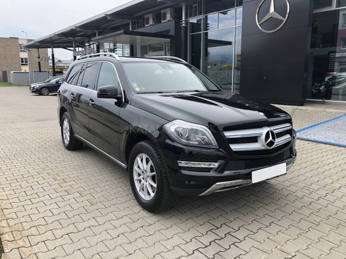 Fotografia Mercedes-Benz GL 350 BlueTEC 4MATIC